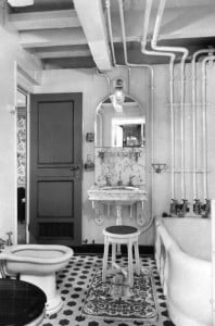 statend-1929-bath-room