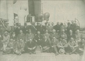NA 1906 Halifax 8 march 1928 presentation to captain