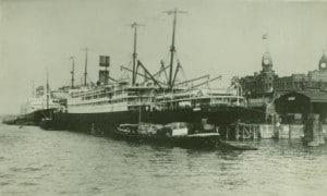 NA 1906 stern view Wilhle kade unusual dock wrong way web