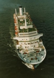 Nieuw Amsterdam 1983 Air photo  from bow maiden voyage