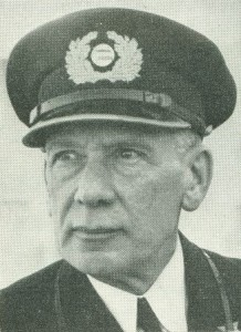 Capt. Vlietstra siebe Commodore 1949 small