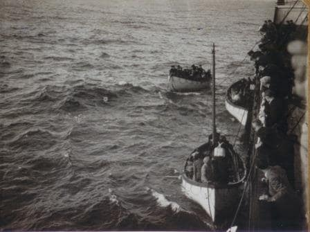 Lifeboats coming alongside the ss Edam (IV)