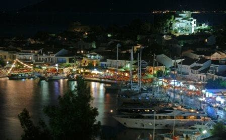 The harbour of Pythagorion by night. We parked our tenders right in the middle of the town.