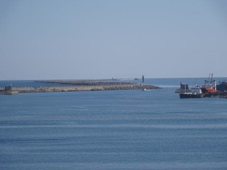 This is a big breakwater. A large outer pier and then after a narrow entrance another large area.