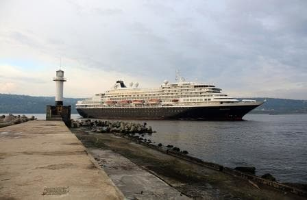 The Prinsendam entering Varna harbor this morning. (Photo Courtesy: Pavlin Penev, ex ships photographer and living in Varna. via Capt. Tim Roberts)