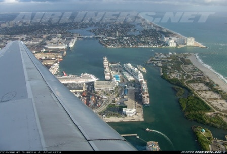 A busy day in 2008 with 8 cruise ships in, including 3 Holland America (pier 26, pier 20 and pier 21)(Courtesy www. airliners.net)