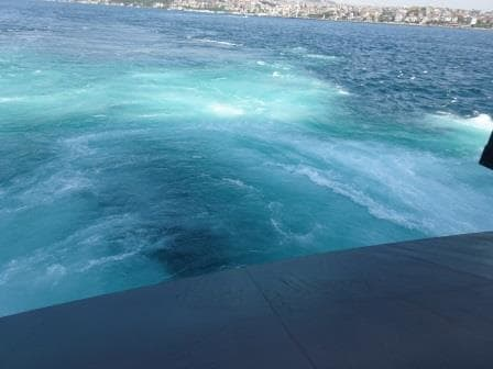 This is what the water looks like if you put the Azi pods full astern to stop in position.